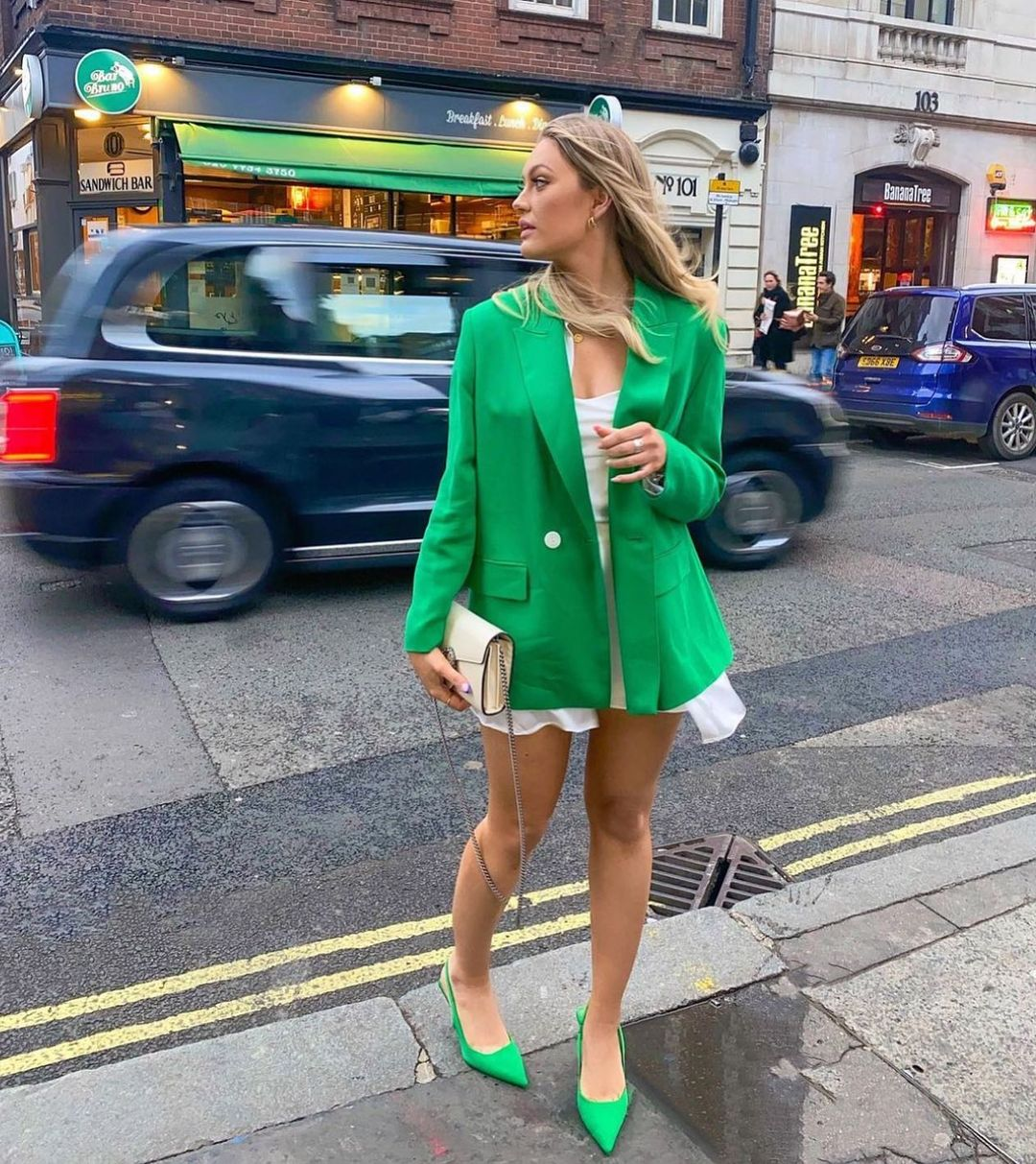 crossbreasted blazer de Zara sur zara.style.daily