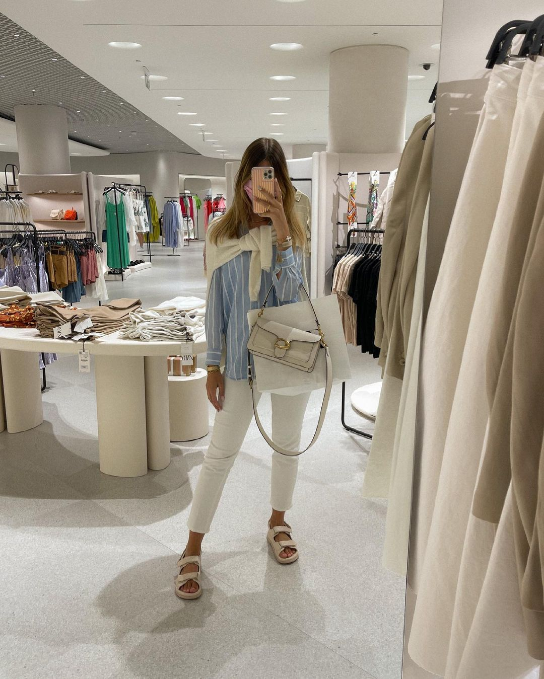 jean de H&M sur nooomsworld