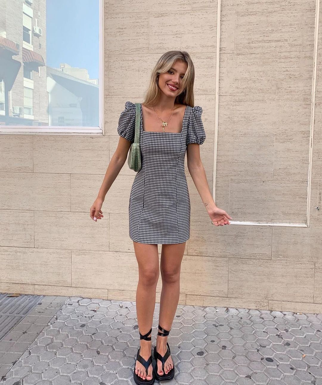 gingham plaid dress de Zara sur zara.outfits