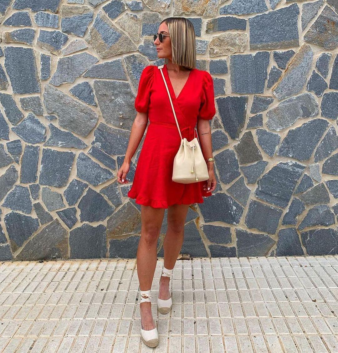 dress with linen de Zara sur zaradiccion__