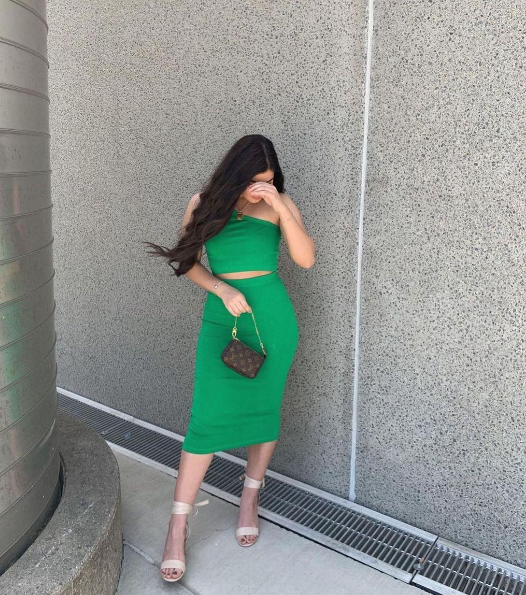 seamless asymmetric top de Zara sur zara.style.daily
