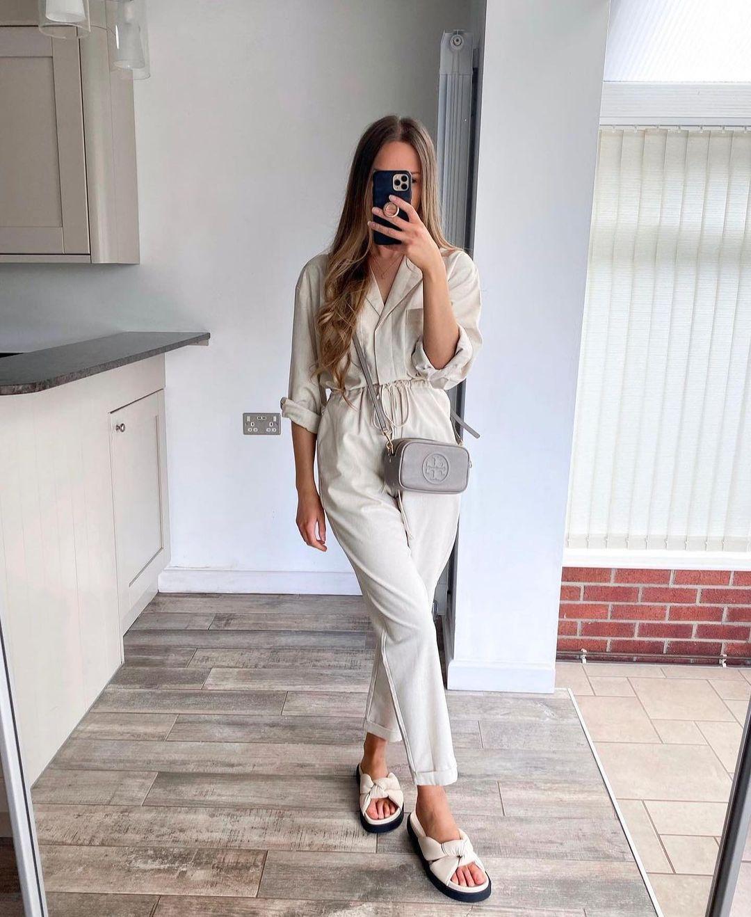 soft touch jumpsuit de Zara sur zara.outfits