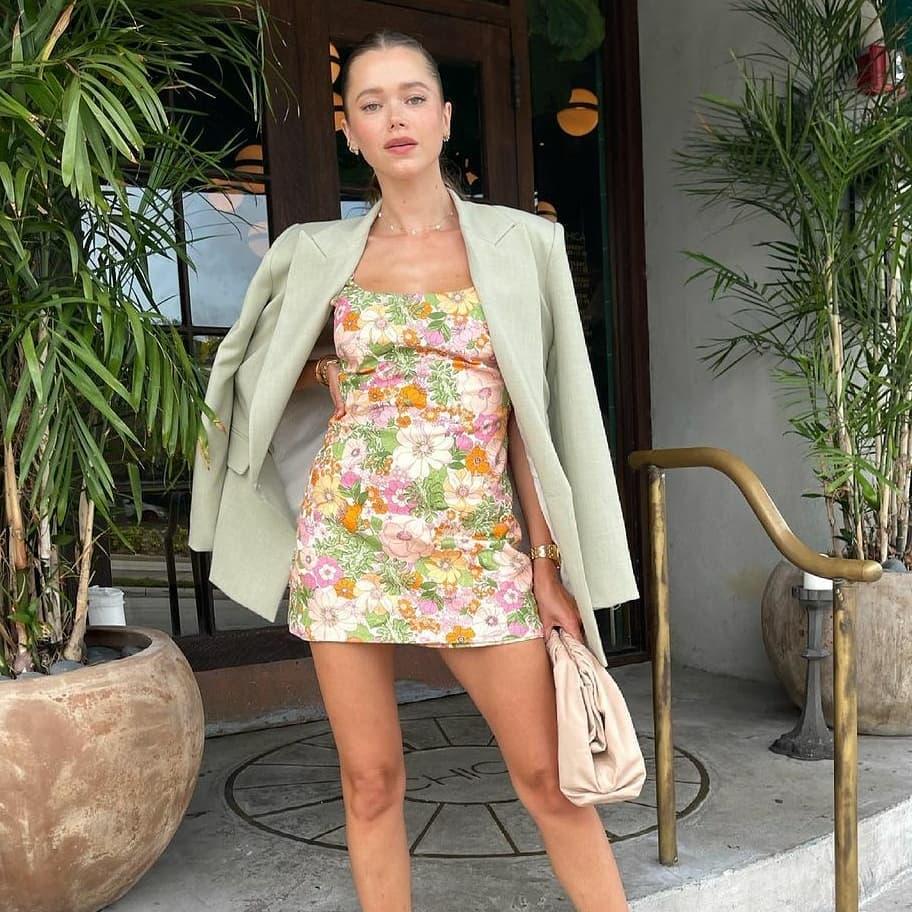 crossover breasted bent blazer de Zara sur mangooutfits