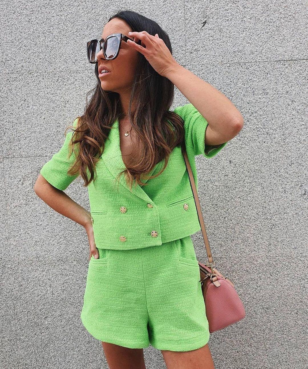 structured shorts with buttons de Zara sur zaradiccion__