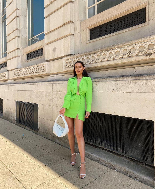 shoulder shirt dress de Zara sur zarastreetstyle