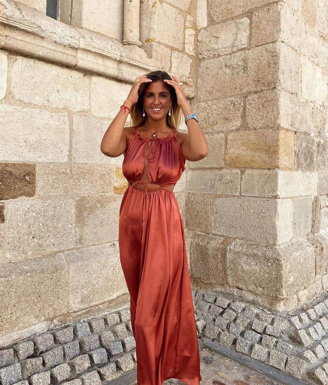 satin and openwork dress de Zara sur zara.outfits