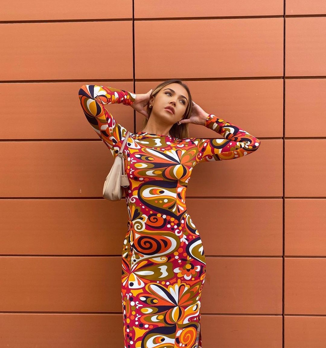 printed mid-length dress de Zara sur zara.style.daily