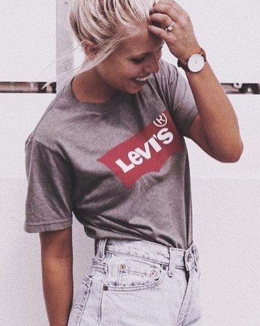 t-shirt levis gris de Les Bourgeoises sur tiger_and_raine