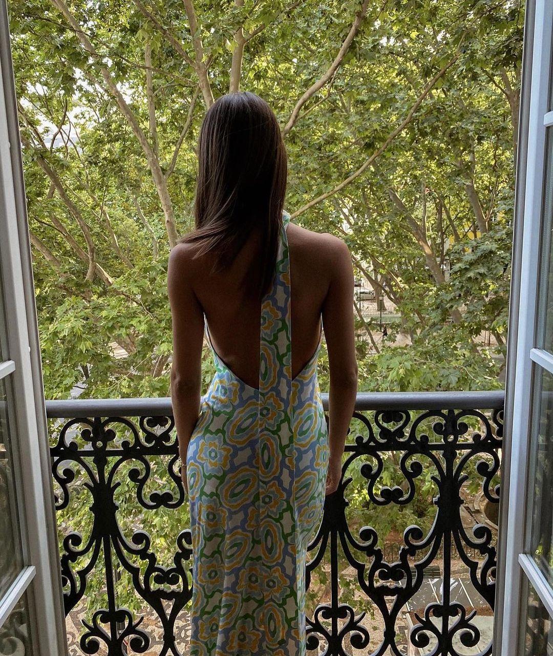 printed mid-length dress de Zara sur zara.outfits