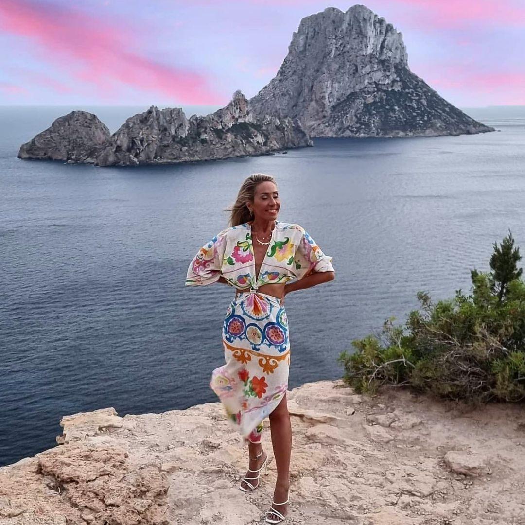 dress with printed linen de Zara sur zaradiccion__