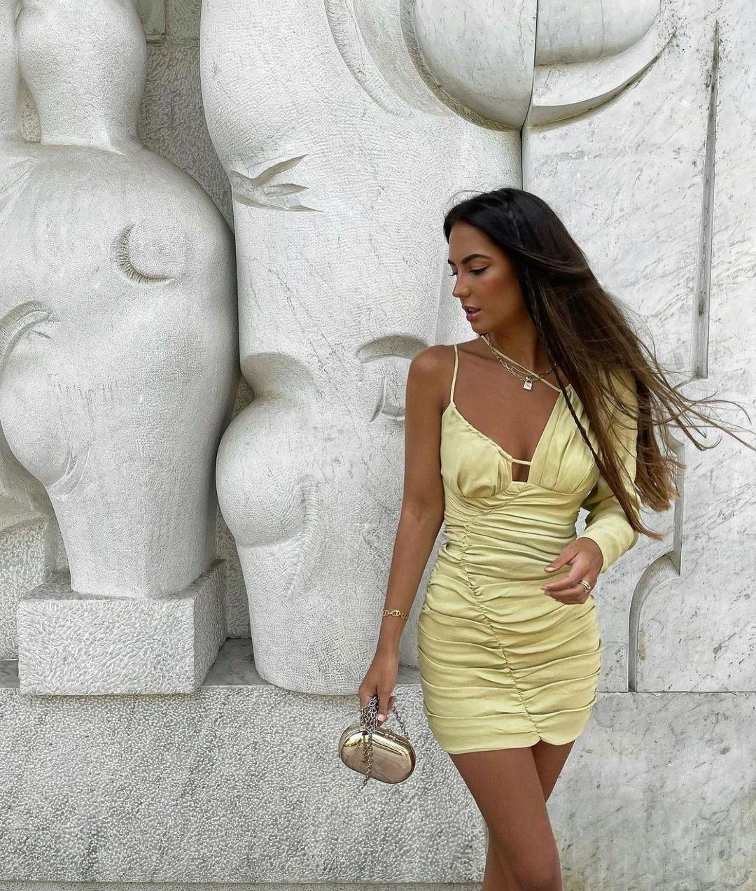 robe avec lin drapée de Zara sur zaraaddiction