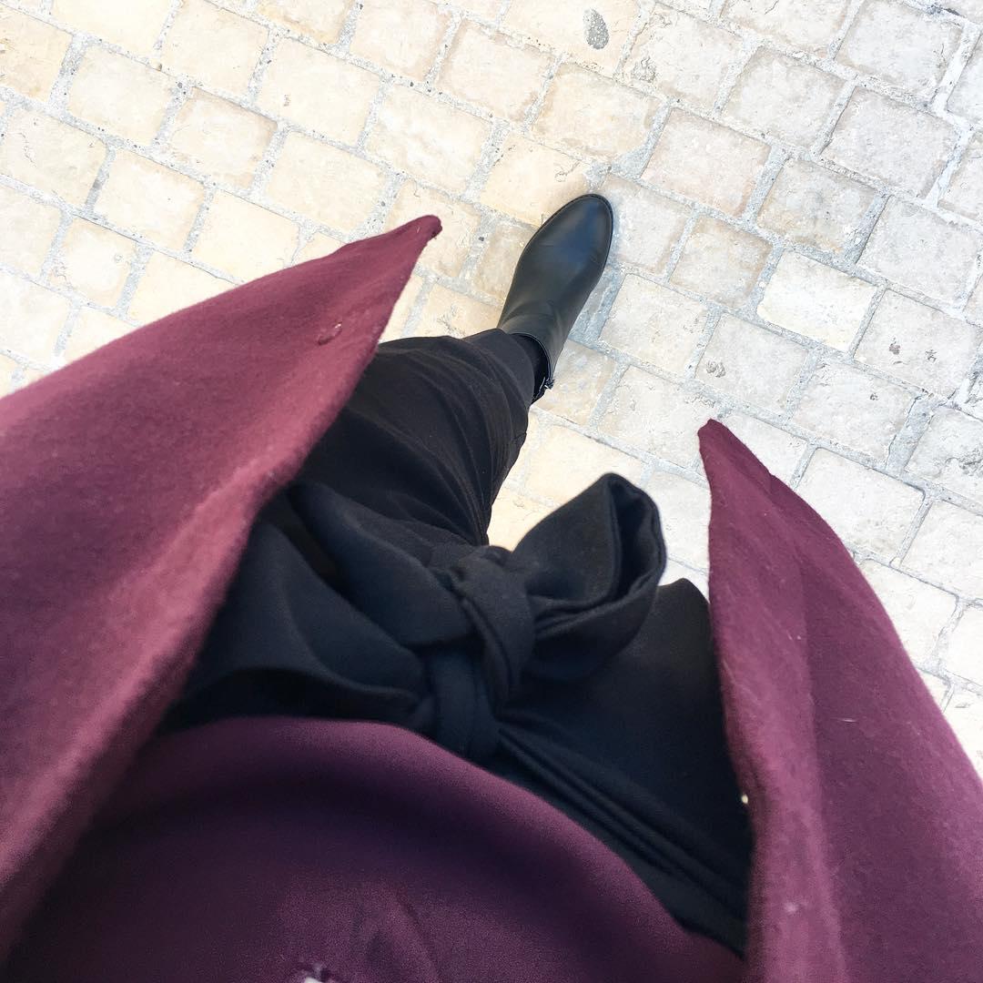 pantalon noir carotte de Les Bourgeoises sur nastassja_bourquin