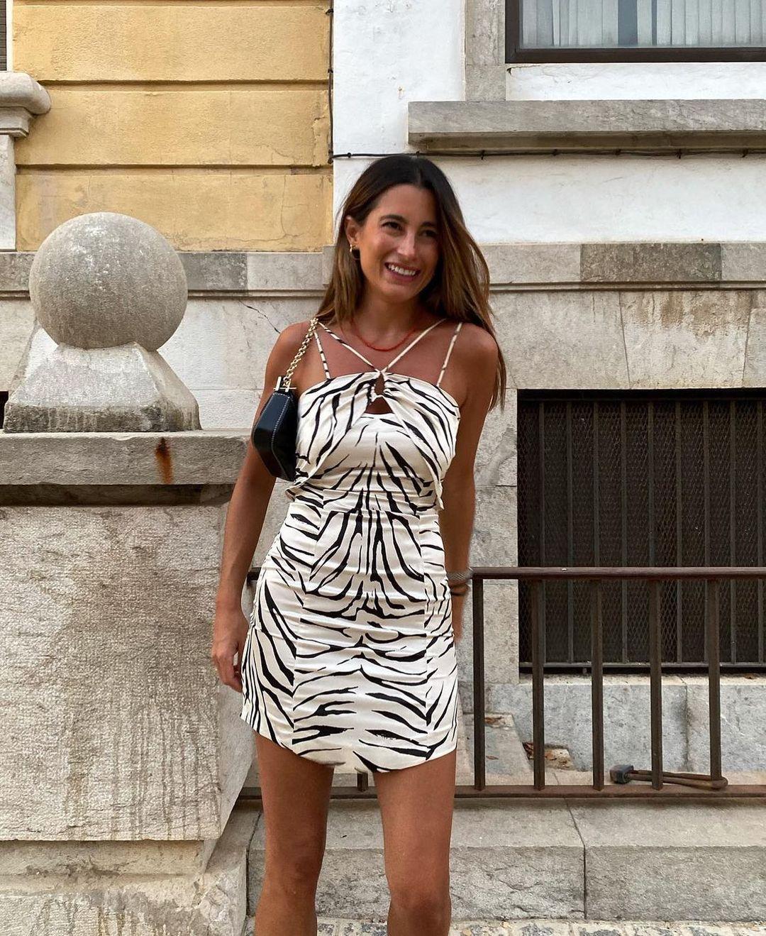 robe courte à imprimé animalier de Zara sur zarastreetstyle