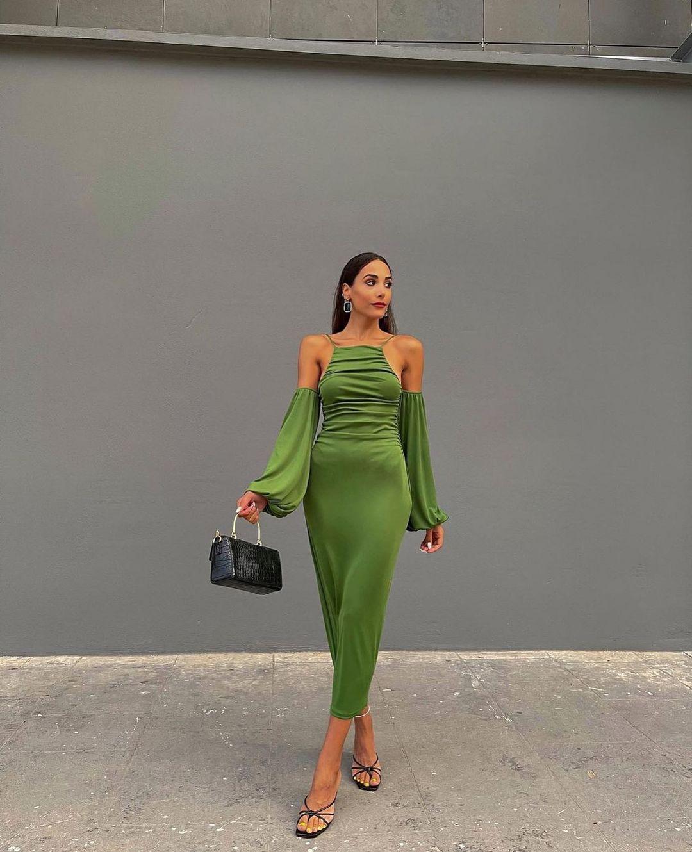 robe longue à fronces de Zara sur zarastreetstyle