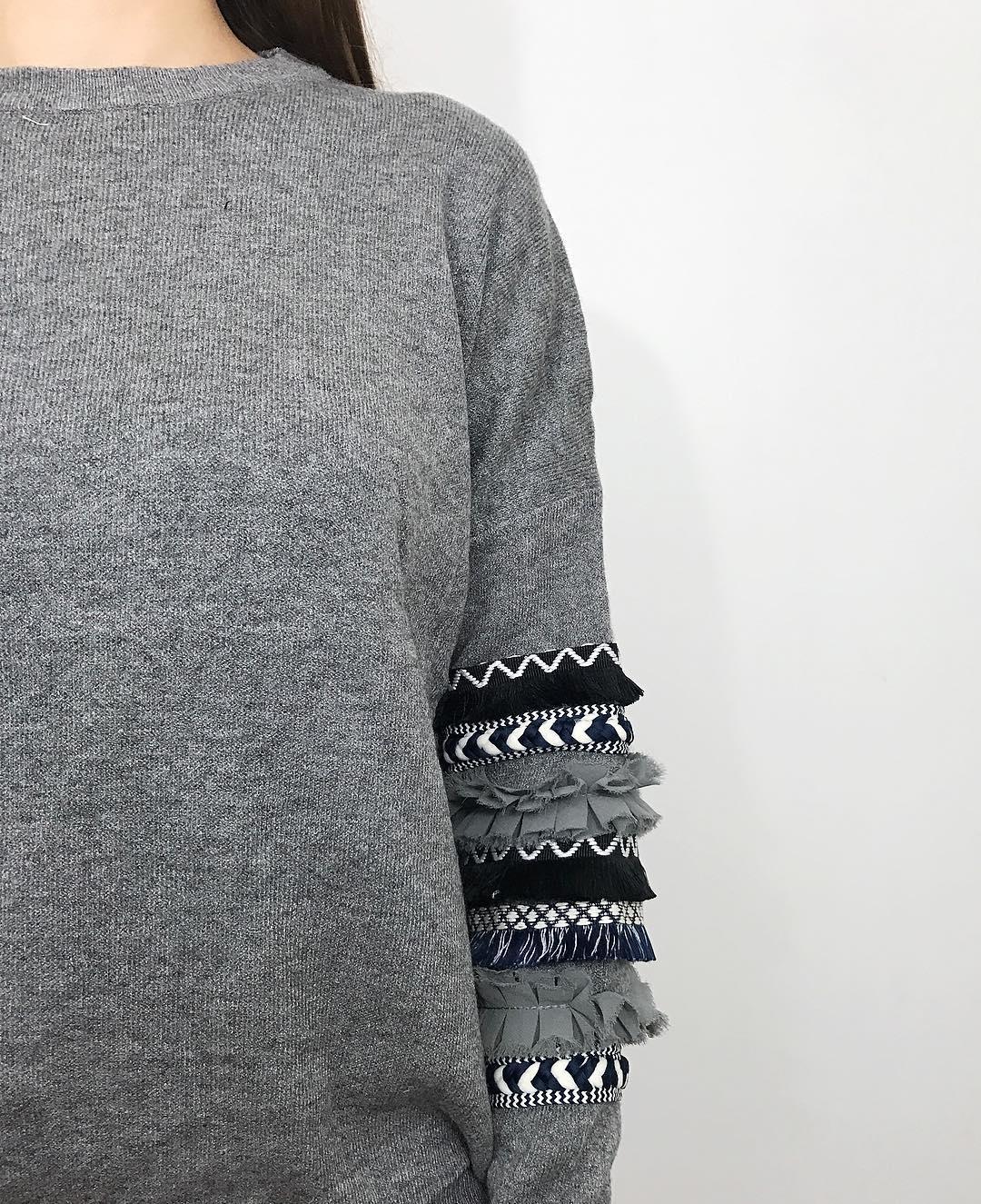 grey frou pullover de Les Bourgeoises sur dansvosarmoires