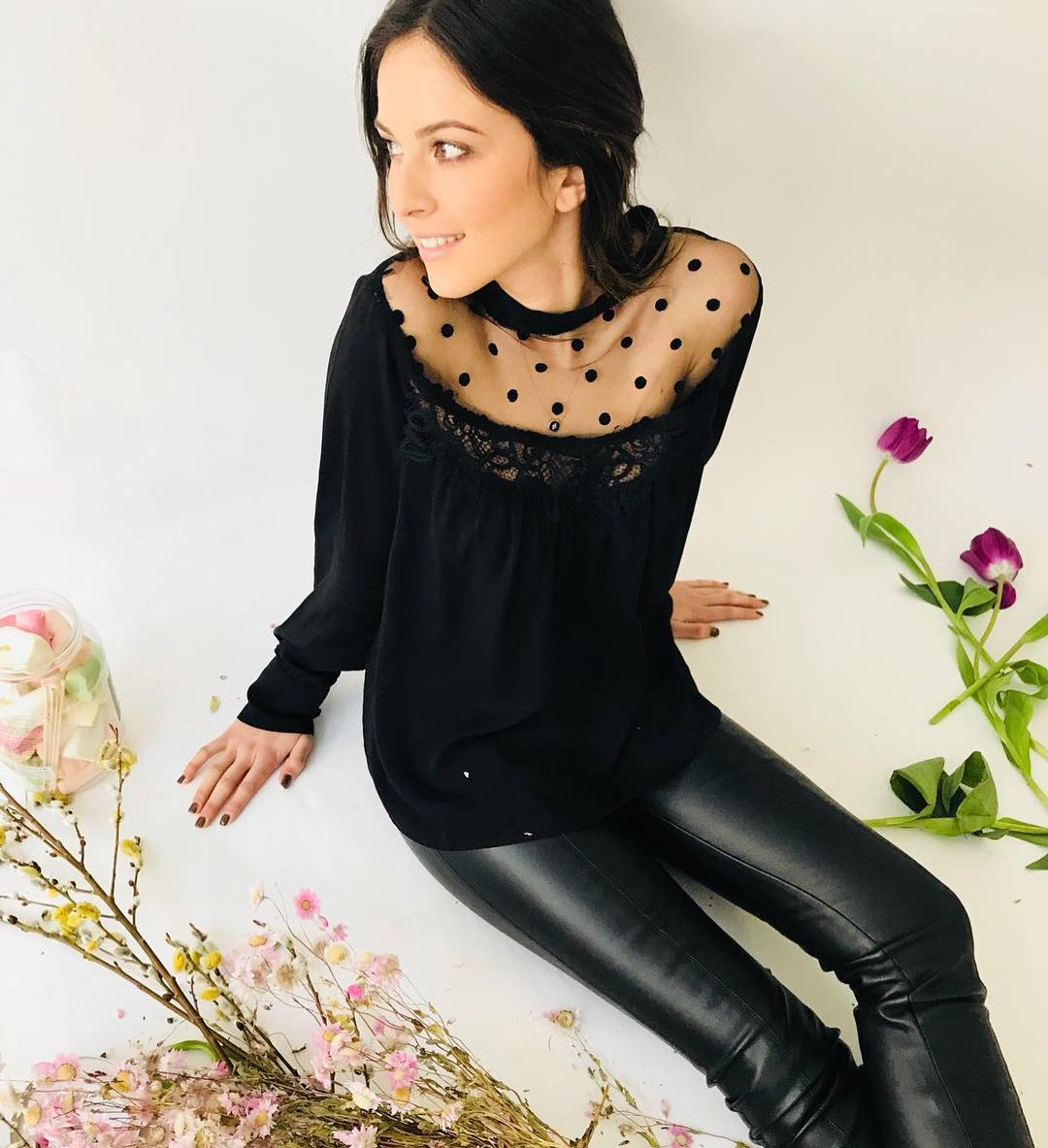 pantalon noir enduit de Les Bourgeoises sur urbandressing