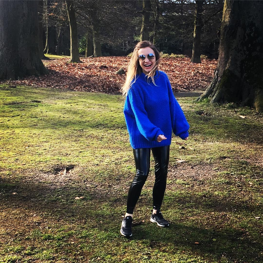 blue indy jumper de Les Bourgeoises sur elynnvdw_