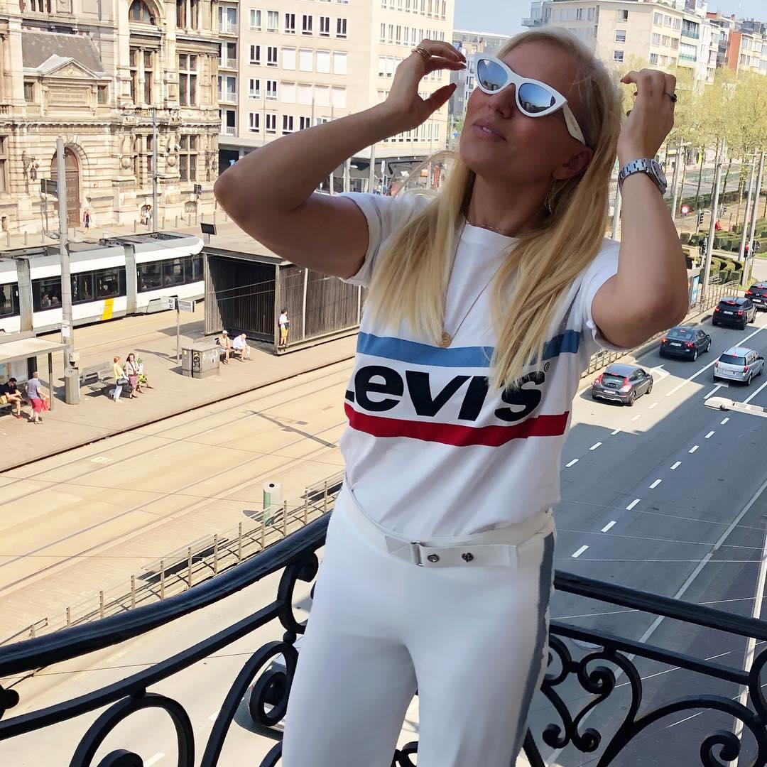 white girls levis t-shirt de Les Bourgeoises sur maribotier