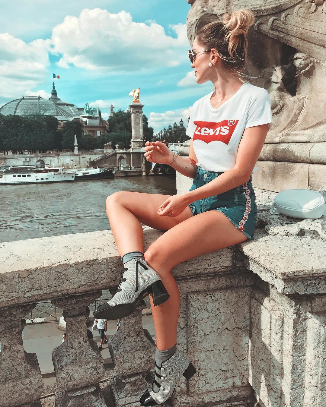t-shirt levis blanc de Les Bourgeoises sur anaclarabenevides