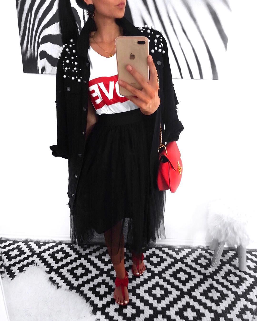 black tulle skirt de Les Bourgeoises sur just_janni_