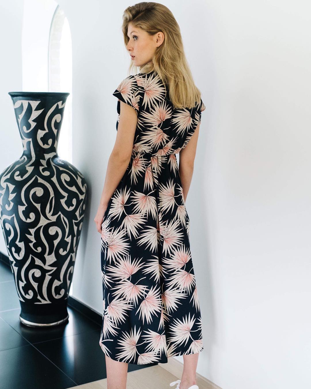 robe longue navy palm de Les Bourgeoises sur lesbourgeoisesofficiel