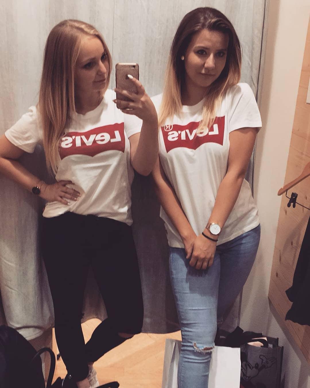 t-shirt levis blanc de Les Bourgeoises sur liesel_07