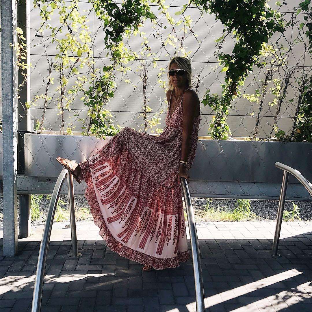 robe longue fleurs rouge de Les Bourgeoises sur banso73