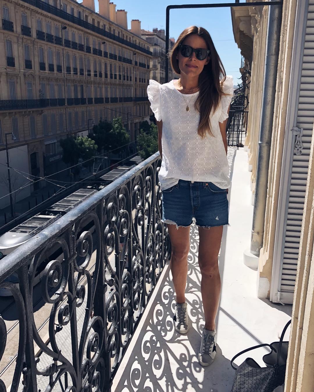 short levis 501 jeans bleu clair tirettes côtés  de Les Bourgeoises sur sevenaugust