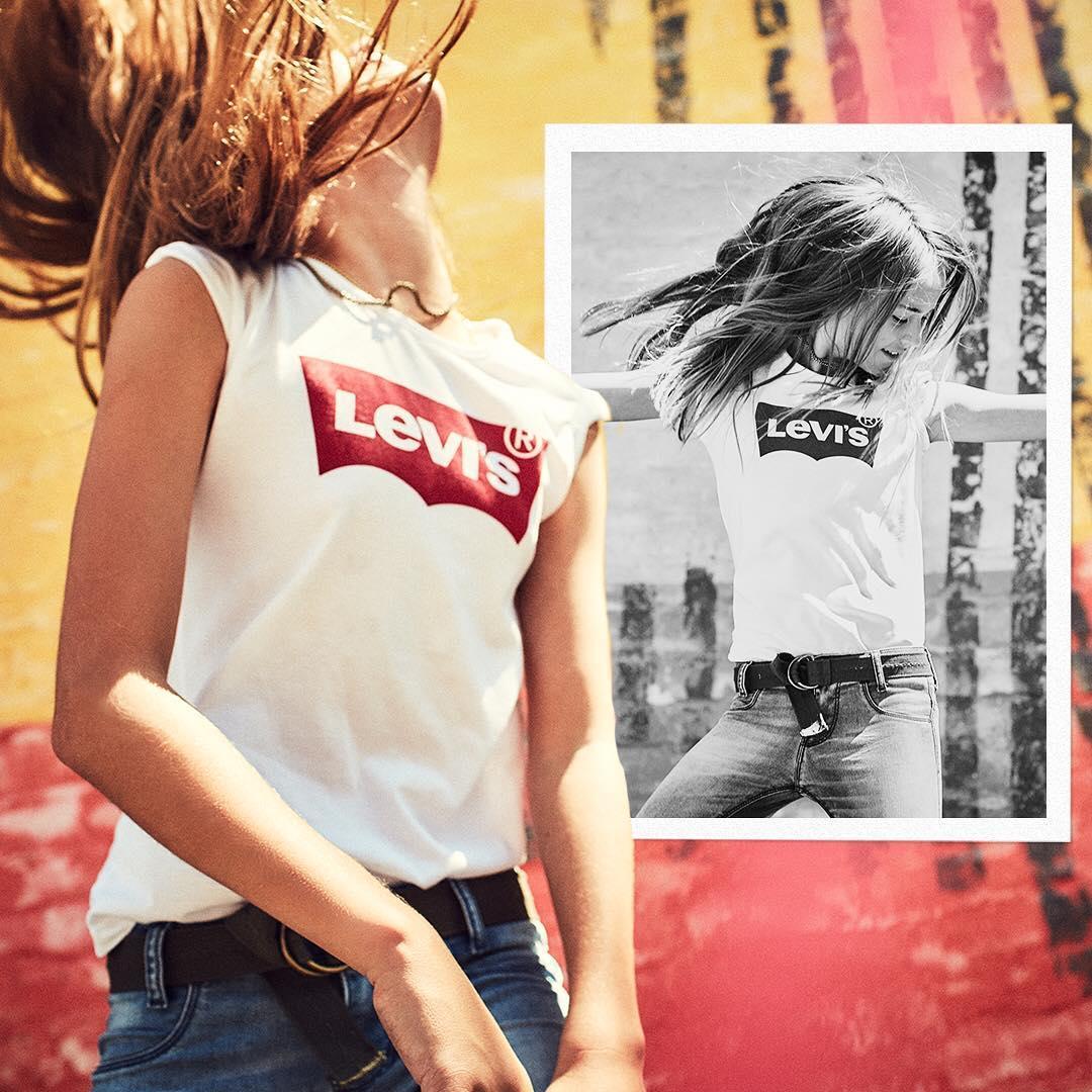 white levis t-shirt de Les Bourgeoises sur levis