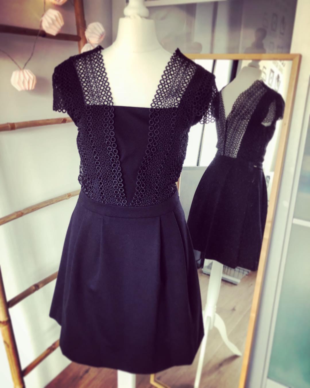 guipure lace skater dress de IKKS sur pims_little_secrets