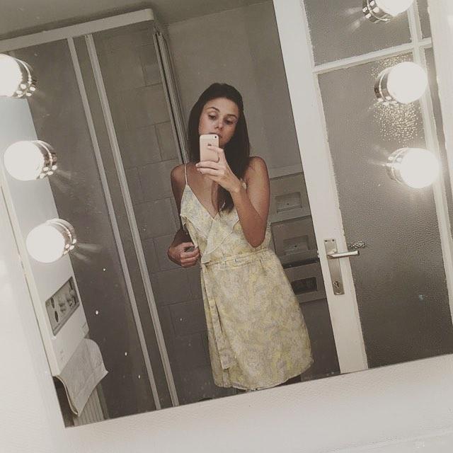 toucan print dress de IKKS sur valrose89 sur SCANDALOOK