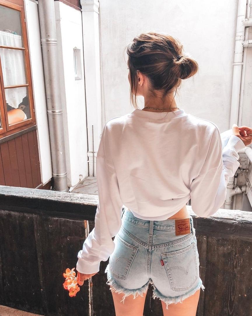short levis 501 jeans bleu clair tirettes côtés  de Les Bourgeoises sur levis_fr