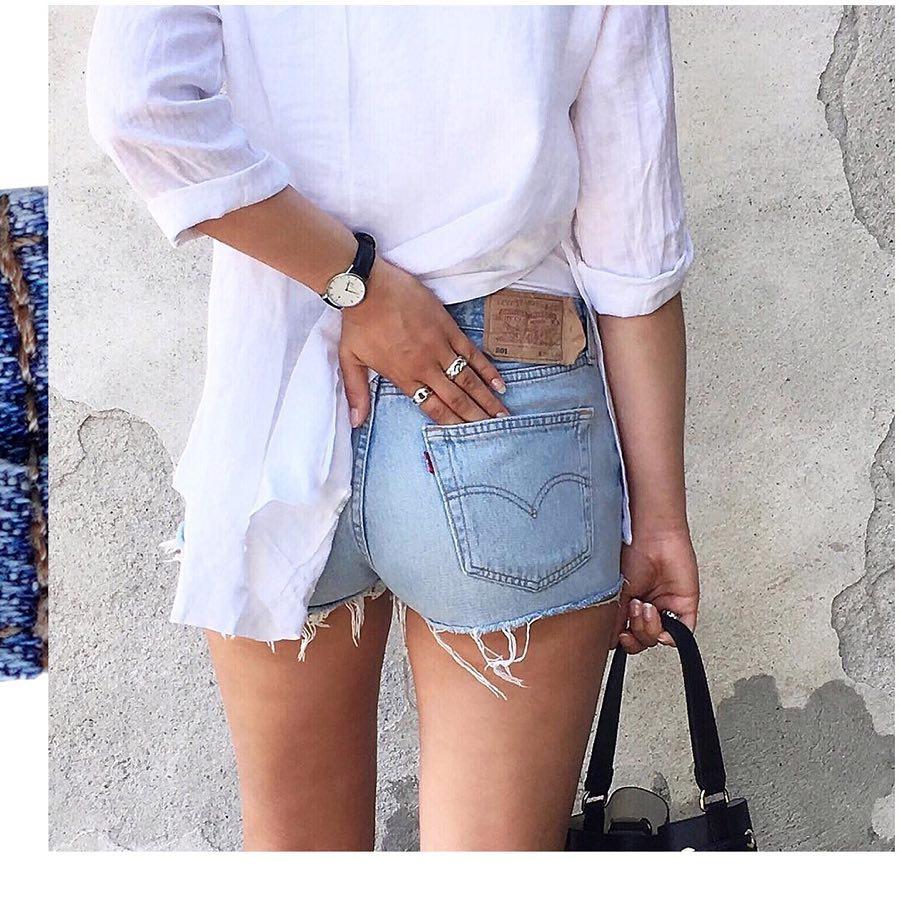 short levis 501 jeans bleu clair tirettes côtés  de Les Bourgeoises sur levis_belgium