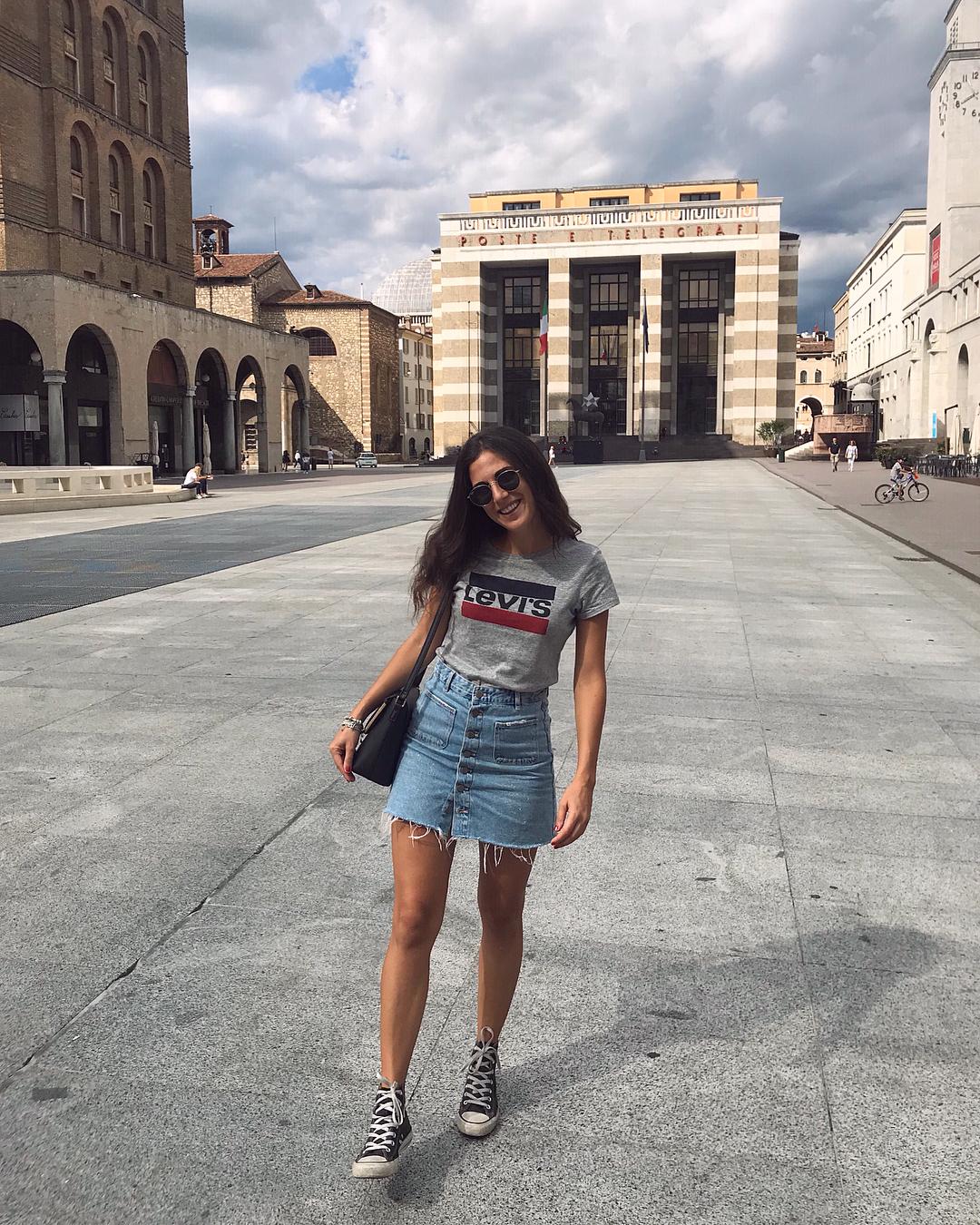 white girls levis t-shirt de Les Bourgeoises sur laraseramondi