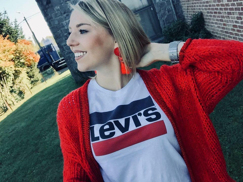 white girls levis t-shirt de Les Bourgeoises sur noemietref