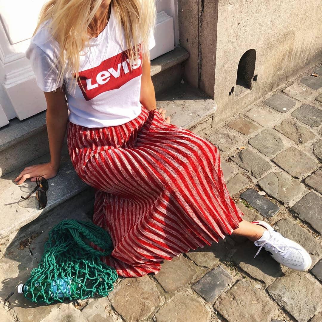 white levis t-shirt de Les Bourgeoises sur mellowconceptbrussels