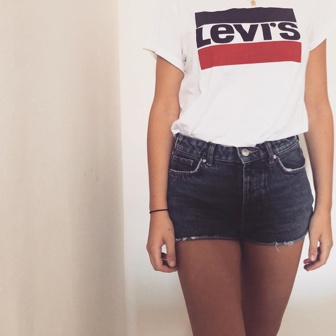 white girls levis t-shirt de Les Bourgeoises sur manon.nr