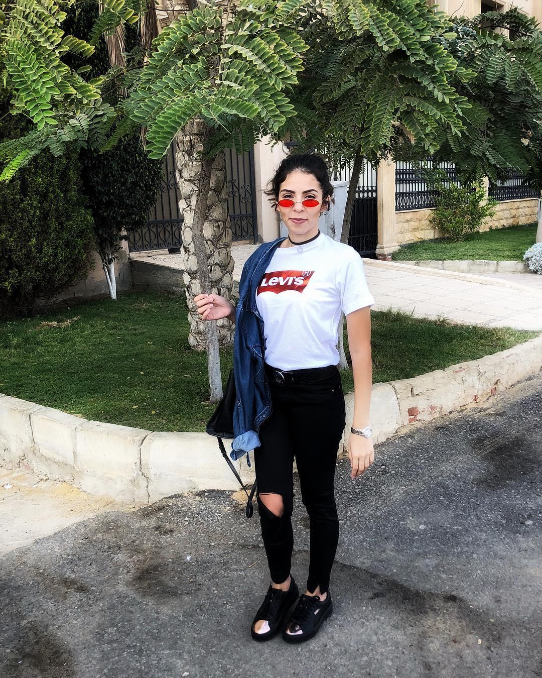 white levis t-shirt de Les Bourgeoises sur lols_world3