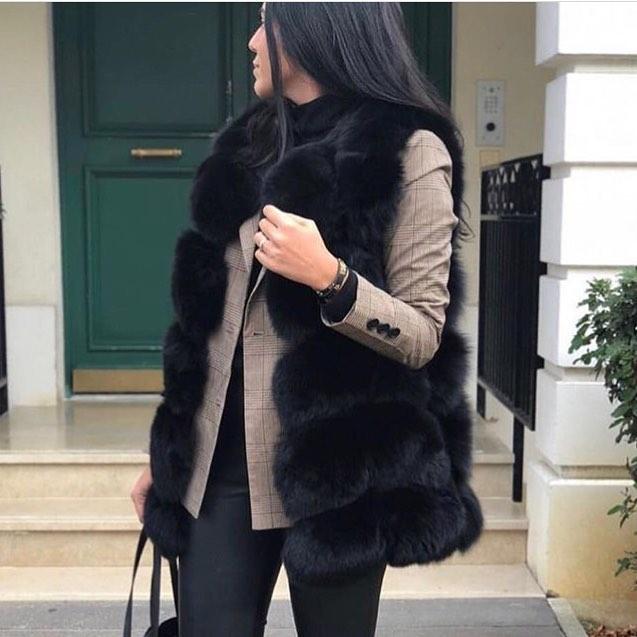 black sleeveless vest de Les Bourgeoises sur luxurylifestele