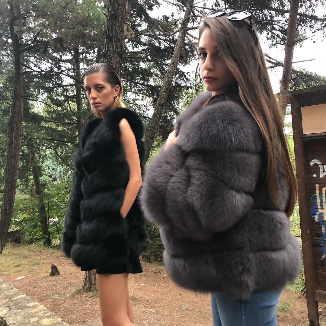 black sleeveless vest de Les Bourgeoises sur haute_acorn