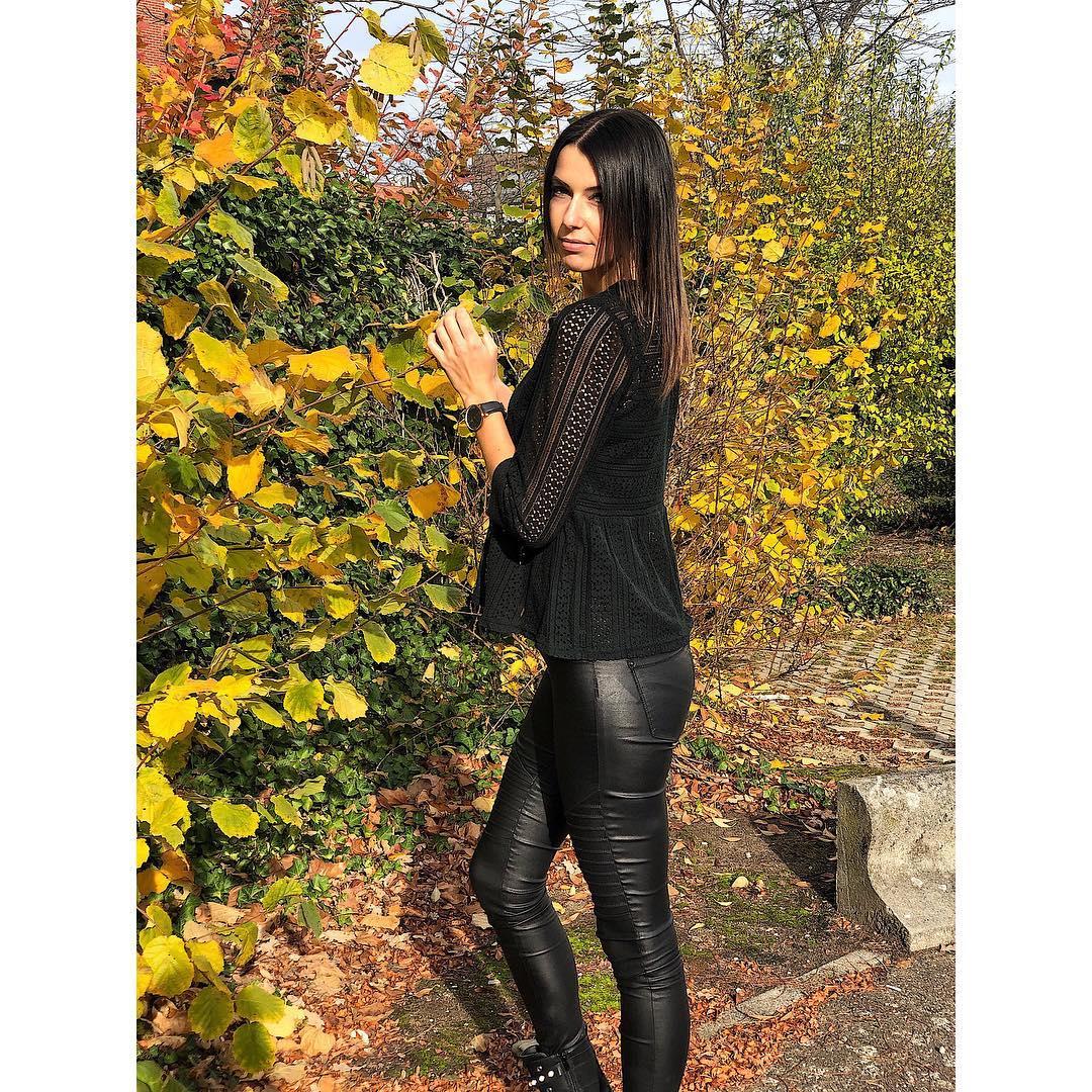 pantalon noir enduit de Les Bourgeoises sur steffivanbriel