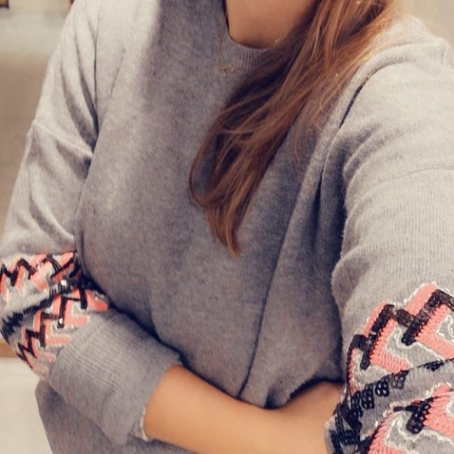 grey ethnic pullover de Les Bourgeoises sur pinkyoubuy