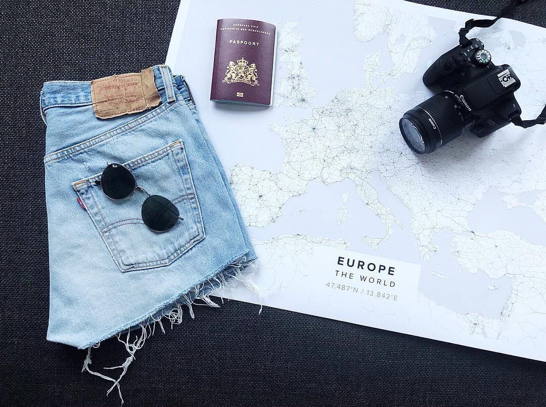 short levis 501 jeans bleu clair tirettes côtés  de Les Bourgeoises sur nickysmol