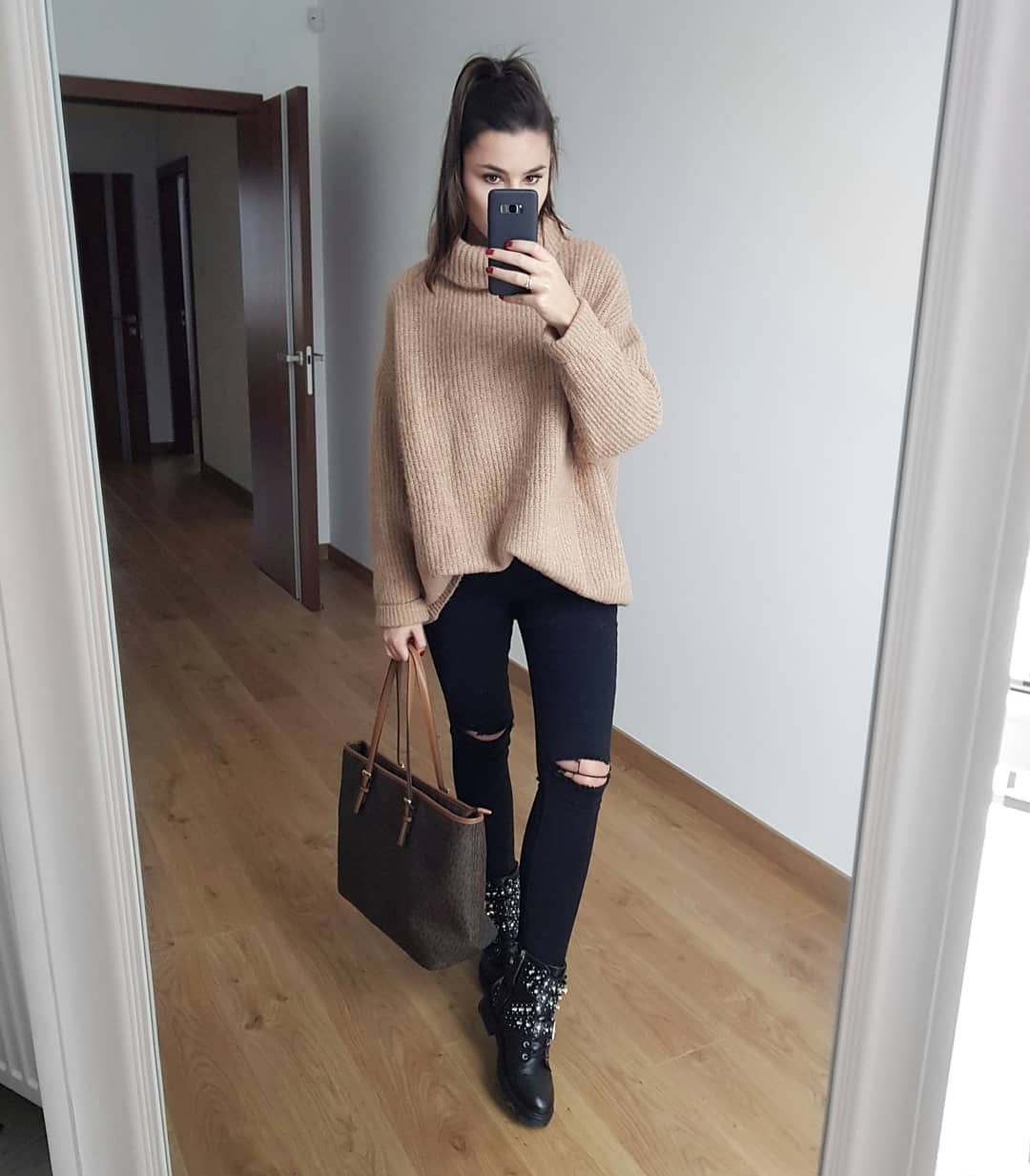 leather boots with jewellery de Zara sur ciuch
