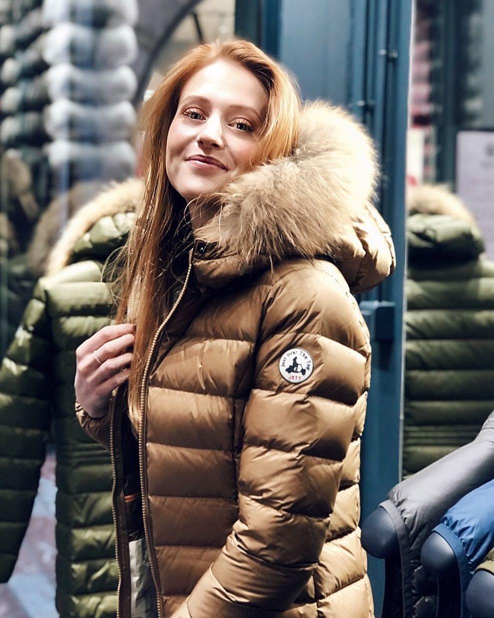 jott noire luxe de Les Bourgeoises sur lalou_make_up