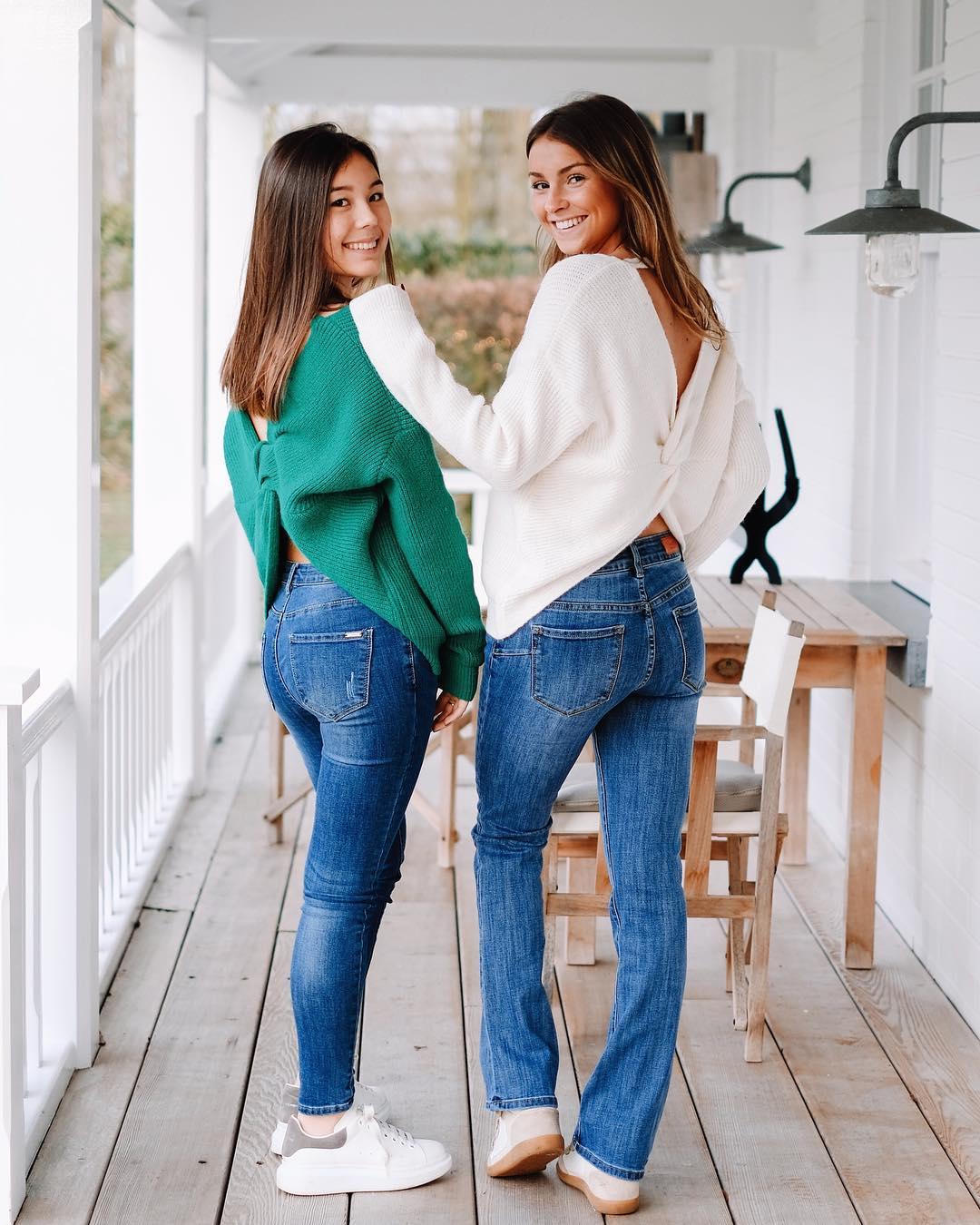 jeans évasé de Les Bourgeoises sur lesbourgeoisesofficiel