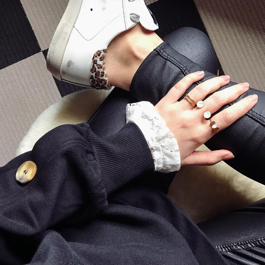 pantalon noir enduit de Les Bourgeoises sur mathildesmn_