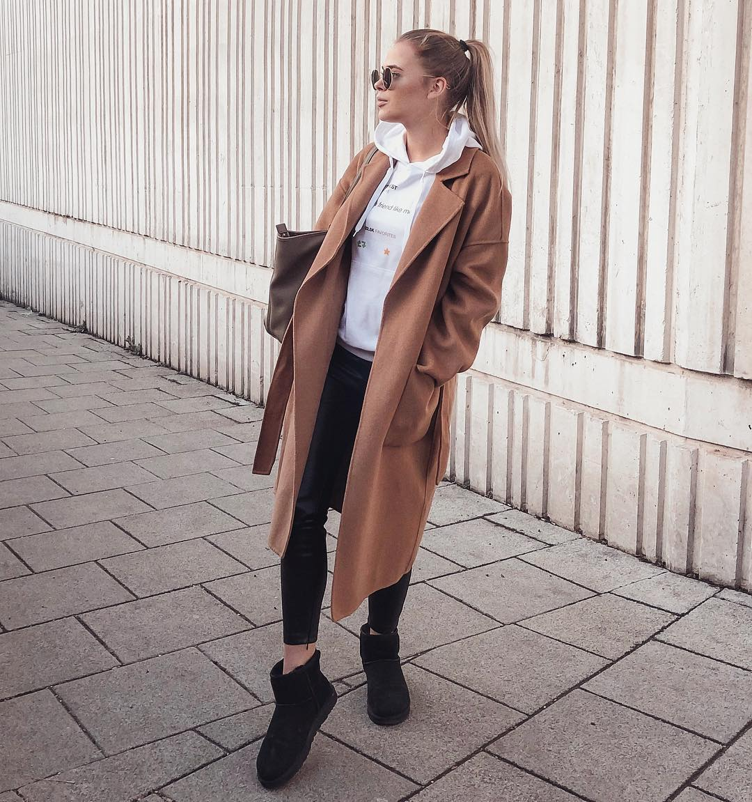 coat with pockets and belt de Zara sur mildagud