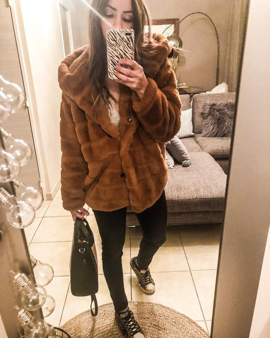 khaki doudou coat de Les Bourgeoises sur missfinebeauty