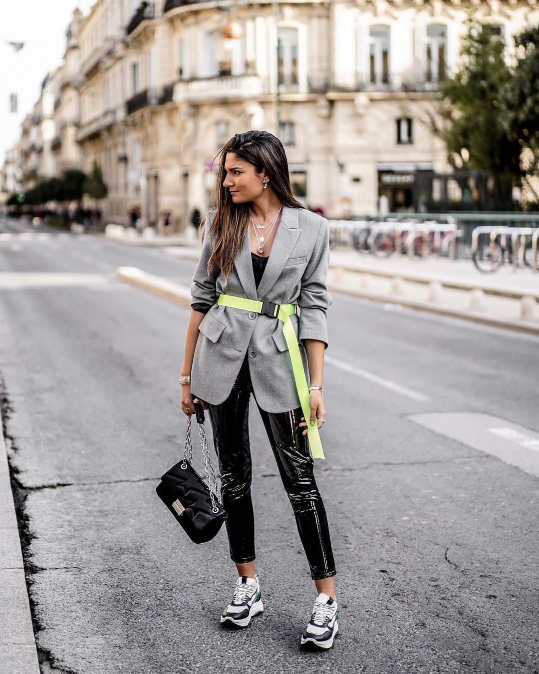 veste oversize avec ceinture de Zara sur junesixtyfive